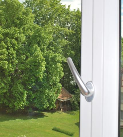 Praxistest wenn die kontrollierte l ftung fehlt ee - Fenster nur halb kippen ...